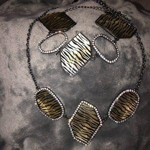 Necklace & bracelet set from Park Lane